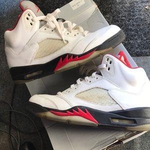 4c111df158b1 Jordan Shoes - Jordan Fire Red 5s size 10 (2012)